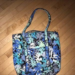 Vera bradly tote bag